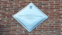 El pintor Cirilo Martínez Novillo ya tiene una placa en la casa donde nació en el pueblo de Vallecas