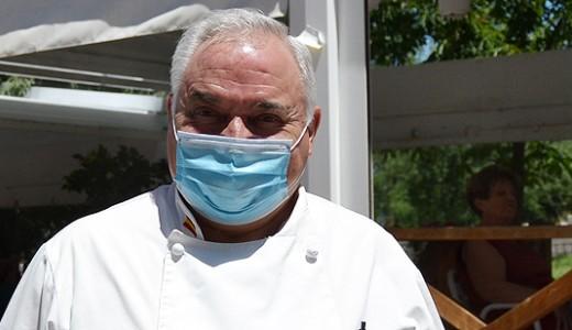 """Antonio Cosmen: """"Los bares y restaurantes son muy importantes en la vida social y económica de Vallecas"""""""