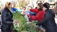 Excelente acogida de los vecinos de Vallecas a la I Muestra Agroalimentaria y Ecológica