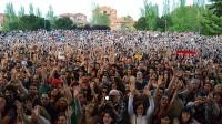 El 'Concierto por los Barrios' arrasa en Vallecas