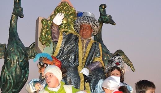 La Cabalgata de Reyes Magos llenó de ilusión las calles de Vallecas