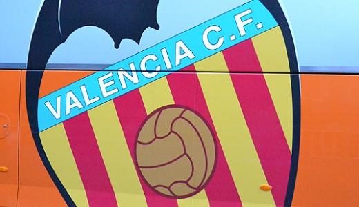 La victoria ante el Valencia no aplaca los ánimos de la grada